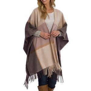 Woolrich Blanket Wrap • Tan Plaid • Top Pick